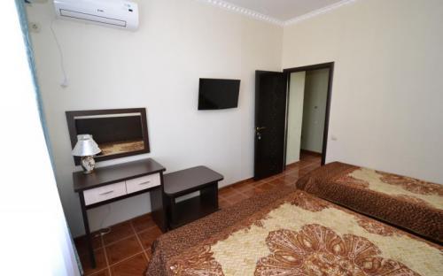 2-х комнатный люкс с балконом и видом на море