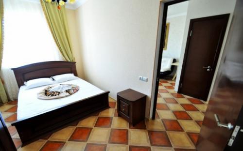 """Люкс 2-х комнатный (малый), Гостевой дом """"Анжелина"""" Витязево"""