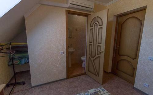 """2х местный с доп. местом, Гостевой дом """"Августа"""" Аше"""
