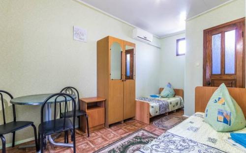 """3х местный стандарт, Гостевой дом """"У Борисовны"""" Витязево"""