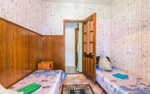 """2х комнатный стандарт на 4х человек, Гостевой дом """"У Борисовны"""" Витязево"""