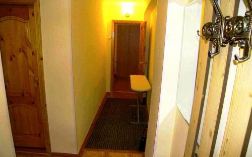 Коридор, 2-х комнатная квартира в центре Анапы