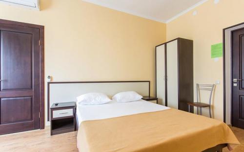"""2-местный 1-комнатный, стандарт, Гостиничный комплекс """"Альбатрос"""" - Архипо-Осиповка"""