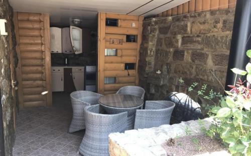 """Люкс студия с кухней, Усадьба """"Альпийский дворик"""" Коктебель"""
