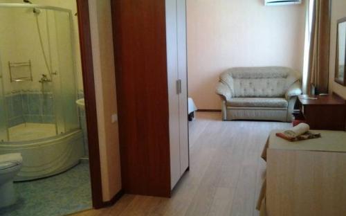 №2, №4, №5, №6, №16 3х-4x мест с кухн + диван