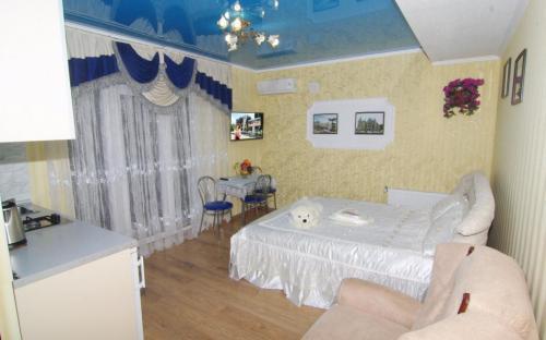 """Комната №8, Гостевой дом """"Champion"""" Алушта"""