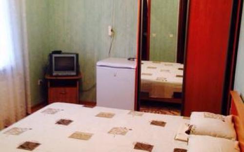 Двухместный с удобствами на 2 номера, Гостевой дом на Революционной - Кабардинка