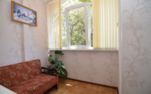 "Апартаменты для 5 человек, Мини-гостиница ""Лукоморье"" Алупка"