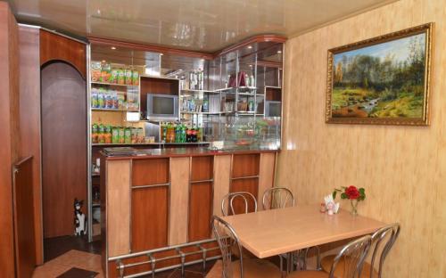 """Кафе, Мини-гостиница """"Лукоморье"""" Алупка"""