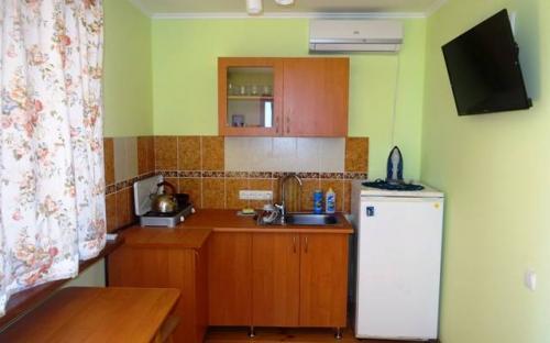 "Номер ""Апартаменты 2-х комнатные"", Гостиница ""Topspin"", Гурзуф"