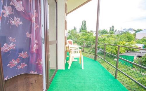 "Family Studio (Pool and Garden view, с балконом), Гостевой дом ""У Светланы"" - Архипо-Осиповка"