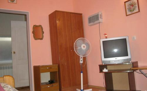 4-хместный номер на первом этаже (стандарт) с кондиционером