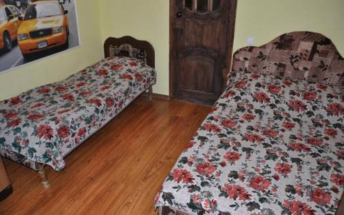 """3-местный номер, 2 этаж, Гостевой дом """"Жанна"""" Анапа"""