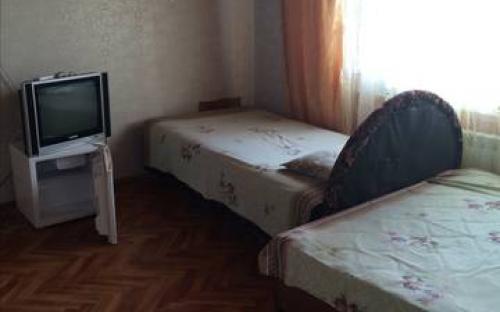 """Трехместный эконом, Гостевой дом """"Надежда"""" Анапа"""