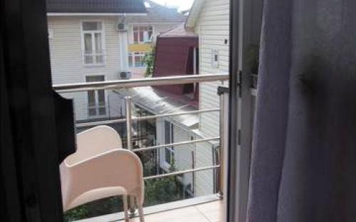 Номер повыш. комфортности на 4-х с балконом