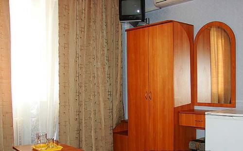 """2-х местный номер с двумя доп.местами, Отель """"Южный Рай"""" Анапа"""