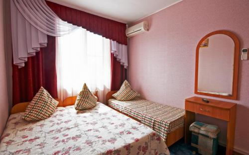 "3-х местный номер, Отель ""Южный Рай"" Анапа"