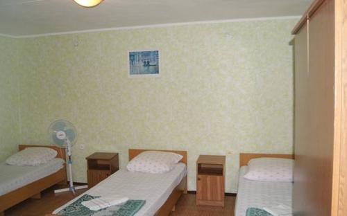 """Номера в гостевом доме """"Юлия"""" Витязево"""