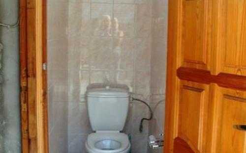 """Гостевой дом """"У Зои"""", туалет для эконом"""